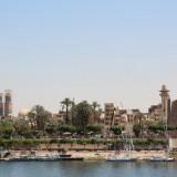 Blick auf Luxor vom Nil aus - Ägypten