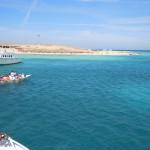 Kleine Boote bringen die Urlauber an den Strand - Grand Giftun - Hurghada