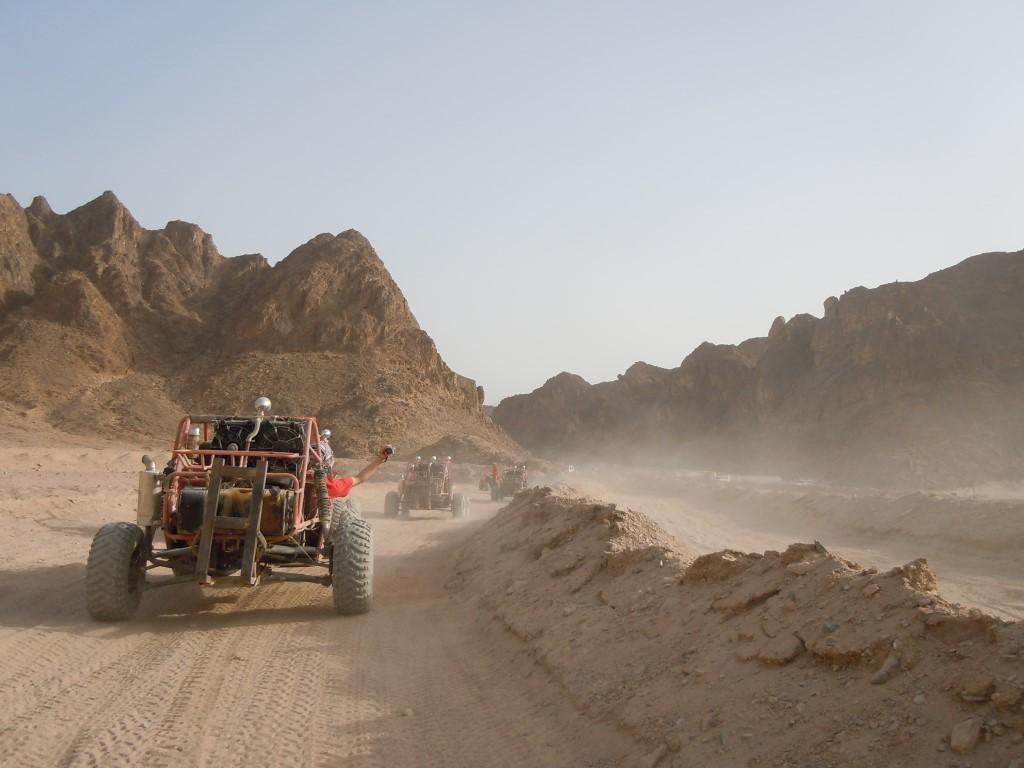 Buggy fahren und Quad fahren in der Wüste Hurghada