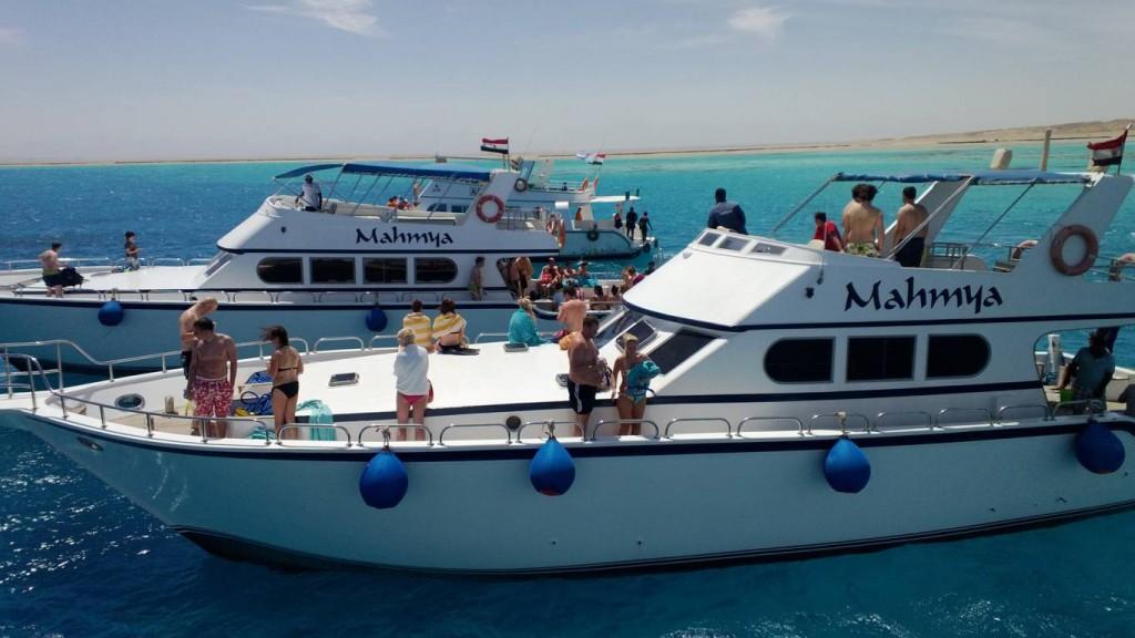 Tauch- und Schnorchelausflüge Hurghada - Wassersporturlaub